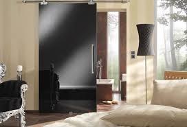 hochglanz schlafzimmer gleittüren für innenbereich schwarz hochglanz schlafzimmer