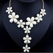 resin flower necklace images Resin white flower necklace jpg