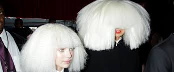 Chandelier Sia Dance The Story Of Kristen Wiig U0027s Crazy Cameo In Sia U0027s Grammys