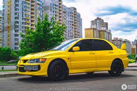 mitsubishi yellow mitsubishi lancer evolution viii 26 september 2016 autogespot