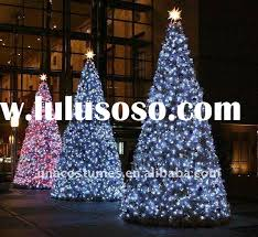 image gallery outdoor wire christmas trees
