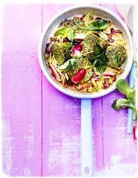 cuisiner le filet mignon filet mignon aux algues vermicelles de potimarron radis pour 6