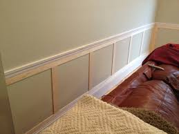 great example of some simple wainscoting below a chair rail want
