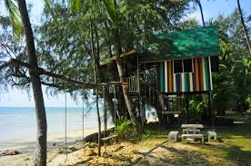star hut bungalows ao thong nai pan noy north beach koh phangan