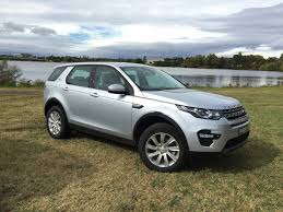 jeep land rover 2015 land rover australia sales overtake jeep photos 1 of 4