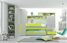 chambre synonyme chambre enfants lit enfant avec bureau et armoire nerveuse