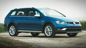 blue volkswagen 2017 volkswagen golf alltrack 5 things to know about vw u0027s new