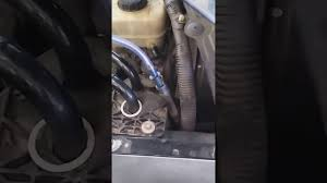 2005 mustang clutch best method for bleeding the clutch line on a 2005 mustang