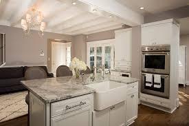 granit pour cuisine granit pour cuisine cuisine avec un ilot central comptoir