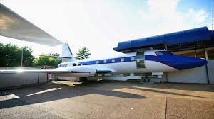 elvis plane elvis presley s private planes to be auctioned off