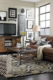 tips for decorating around the tv from thrifty decor