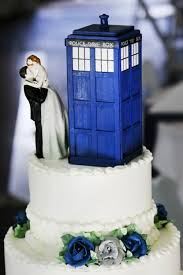 dr who wedding cake topper beautiful doctor who tardis wedding cake topper the doctor is