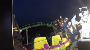 Six Flags Md Hours Stranded Six Flags Roller Coaster Riders Ranged In Age From 6 To