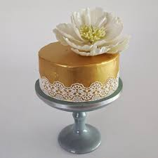 cake lace cake design how to create faux gold leaf using