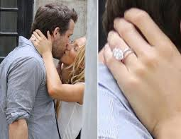 Blake Lively Wedding Ring by Blake Lively And Ryan Reynolds Picture Hollywood U0027s Biggest