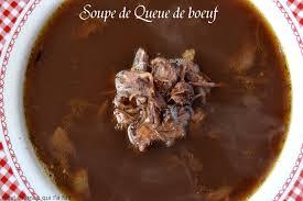 cuisiner la queue de boeuf c est maman qui l a fait soupe de queue de boeuf oxtail soup