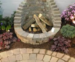 Building A Firepit In Backyard Garage Half Wall Diy Firepit Ideas Together With Along Along With