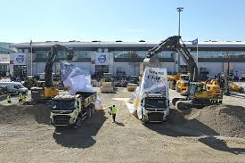 volvo trucks in australia new volvo fmx truck launched autoevolution