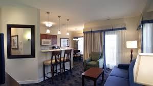 2 bedroom suite hotels nashville tn charwood suites hotels in columbus indiana