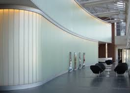 glass walls bendheim wall systems u0027 channel glass creates sweeping interior walls
