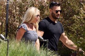 Sinking Spring Family Dental by Britney Spears Pop Diva U0027s Exercise Obsession Over New Boyfriend