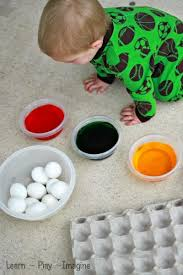 Easter Egg Decorations For Toddlers by Tips And Tricks For Dyeing Easter Eggs With Toddlers Growing