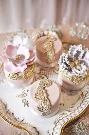 mini wedding cakes wedding cakes deer pearl flowers part 6