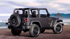 jeep lowered the 2017 jeep wrangler willys wheeler is an off road weapon the