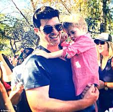 Robin Thicke Spends Quality Time With Son Julian In The Wake Of Divorce Filing Daily Mail Online Robin Thicke And Paula Patton As Teenage Sweethearts In High