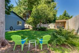 Beach House Backyard Pacific Dorado Beach House 3 Bd Vacation Rental In Depoe Bay Or