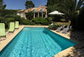 4 bedroom holiday rental villa with pool in south of france