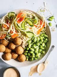 ricardo cuisine com recette de bol de quinoa légumes marinés avec https