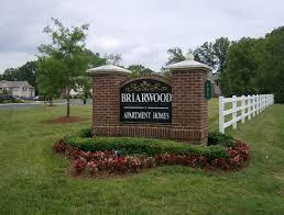 briarwood apartments wilhoit living briarwood sign