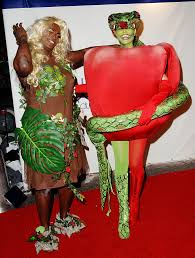 pregnant halloween costume 9 awesome celebrity halloween costumes to rock while you u0027re