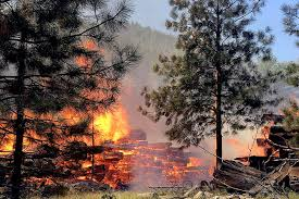 Fire Evacuations Stevens County by Wildfire Forces Evacuation Of 168 Homes Near Leavenworth