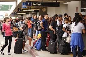united airlines blames grounding of hundreds of flights on