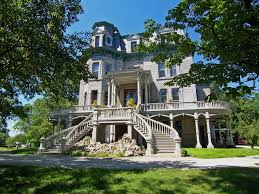 beutiful house inspire home design