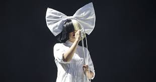 Sia Singing Chandelier Live Sia Debut The Greatest Live At Iphone 7 Event Rolling