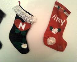 make your own creative xmas stockings from felt and scraps 6 steps