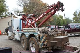 truck wreckers kenworth 1982 kenworth w900 semi wrecker truck item h2027 sold d