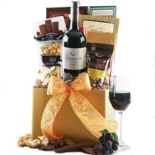 christmas wine gift baskets christmas wine gift baskets wine classic wine gift basket diygb