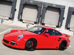 guards red porsche satin u0026 gloss black modulare wheels on guards red tt