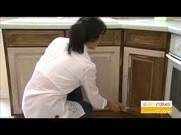 renover porte de placard cuisine la peinture d un meuble de cuisine