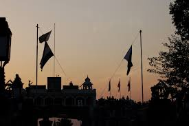 Soldiers Lifting Flag Wagah Border A Retreat Ceremony Not To Miss Travel Twosome