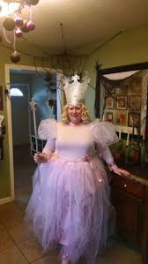 Glinda Good Witch Halloween Costume 25 Glenda Good Witch Ideas Halloween