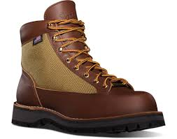 best mens biker boots 10 great men u0027s boots for style on and off the bike rideapart