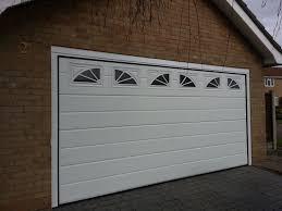 24 modern garage doors with windows auto auctions info