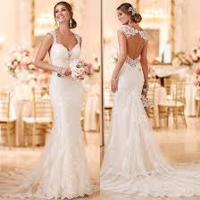 fitted wedding dresses 2016 stella york lace fitted wedding dress with key back