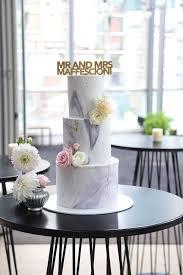 wedding cakes inspired by rocks u0026 geodes gold weddings wedding
