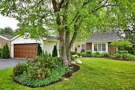 homes for sale in the briarwood lakes subdivision oak brook